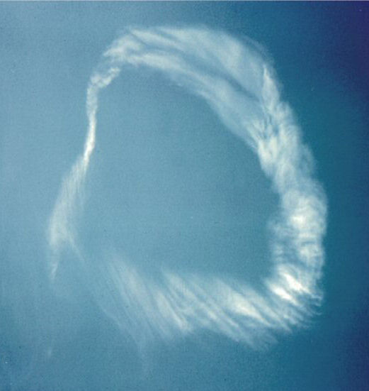 Life Magazine Supernatural Cloud photo (1963) foretold by William Branham